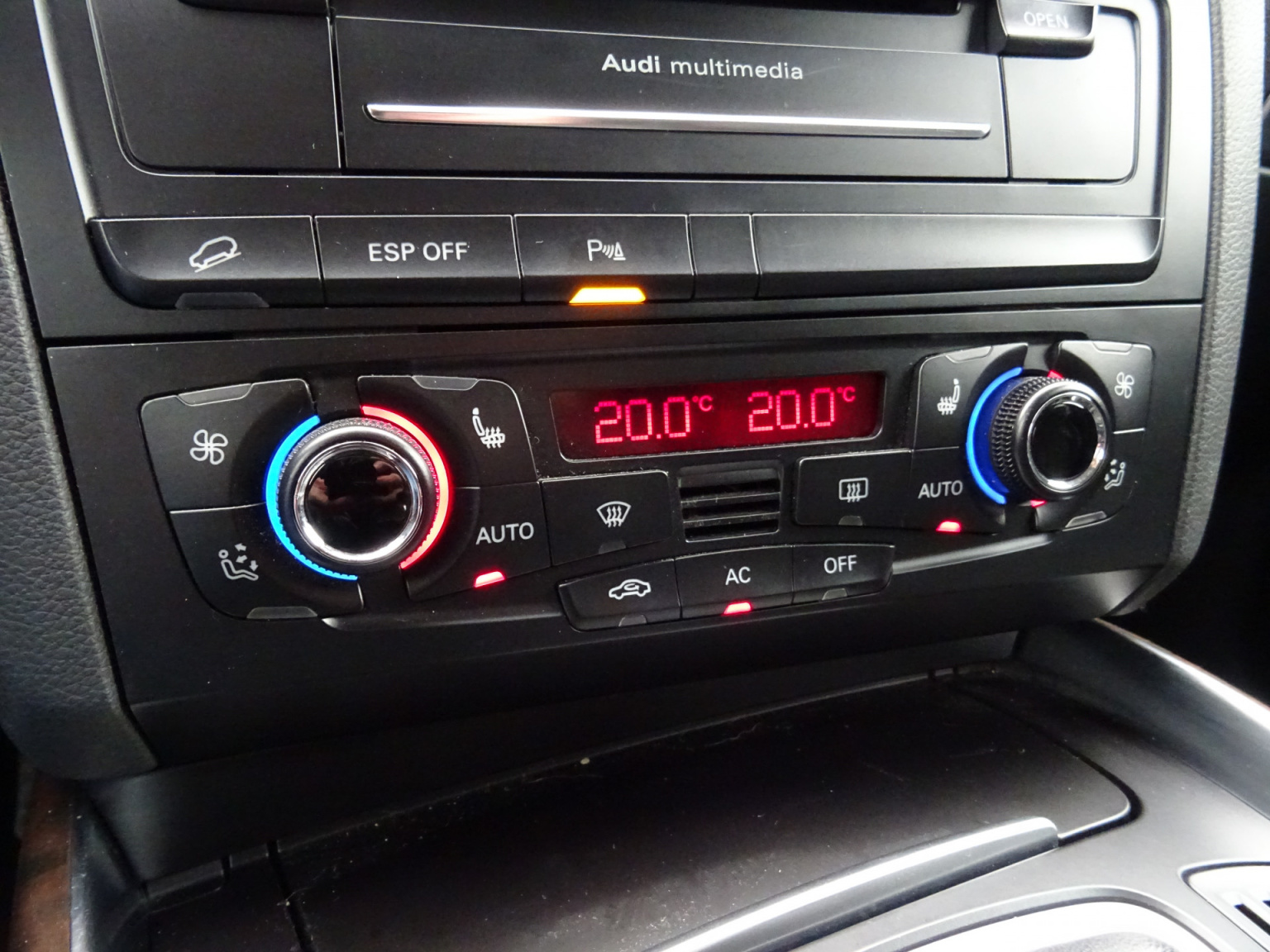 Audi-Q5-30