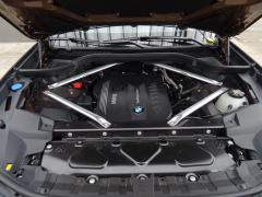 BMW-X7-61