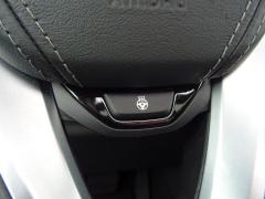 BMW-X7-28