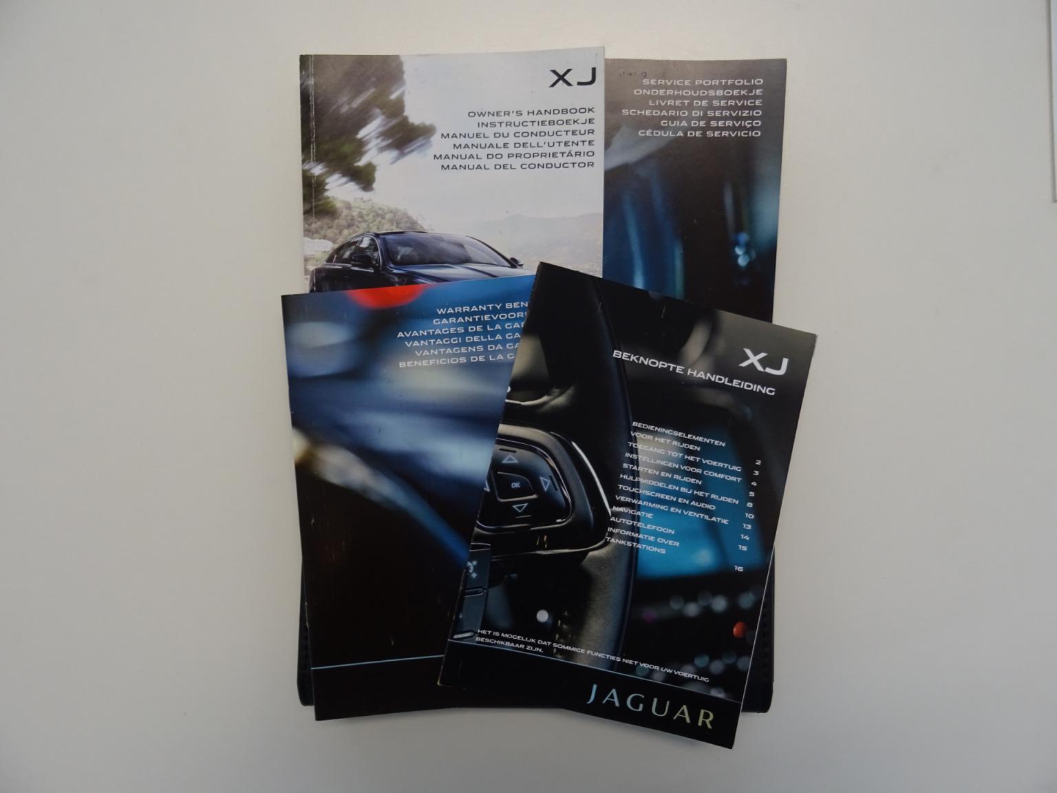 Jaguar-XJ-6