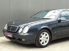 Mercedes-Benz-CLK-Klasse-38