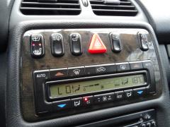 Mercedes-Benz-CLK-Klasse-22