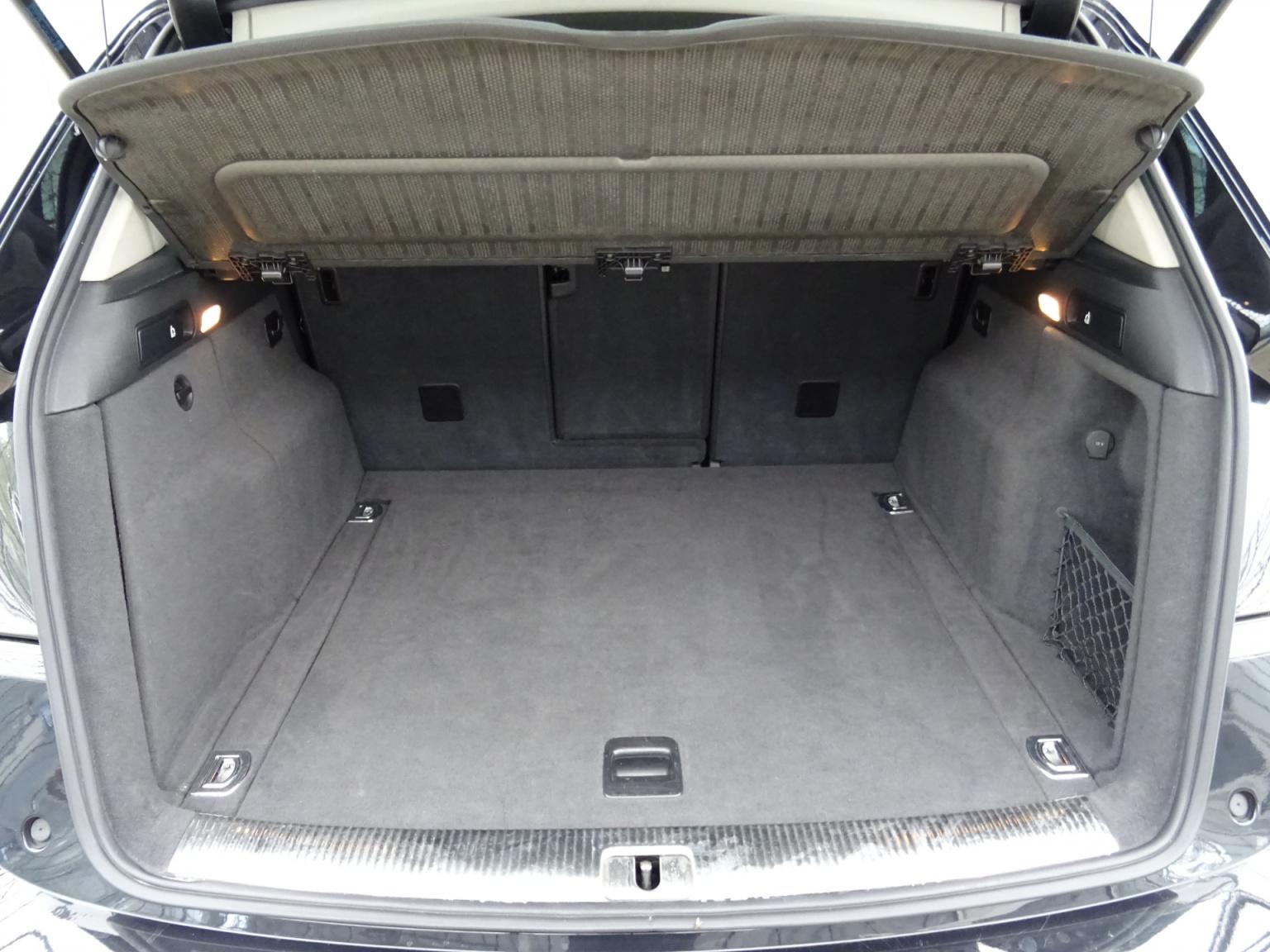 Audi-Q5-44
