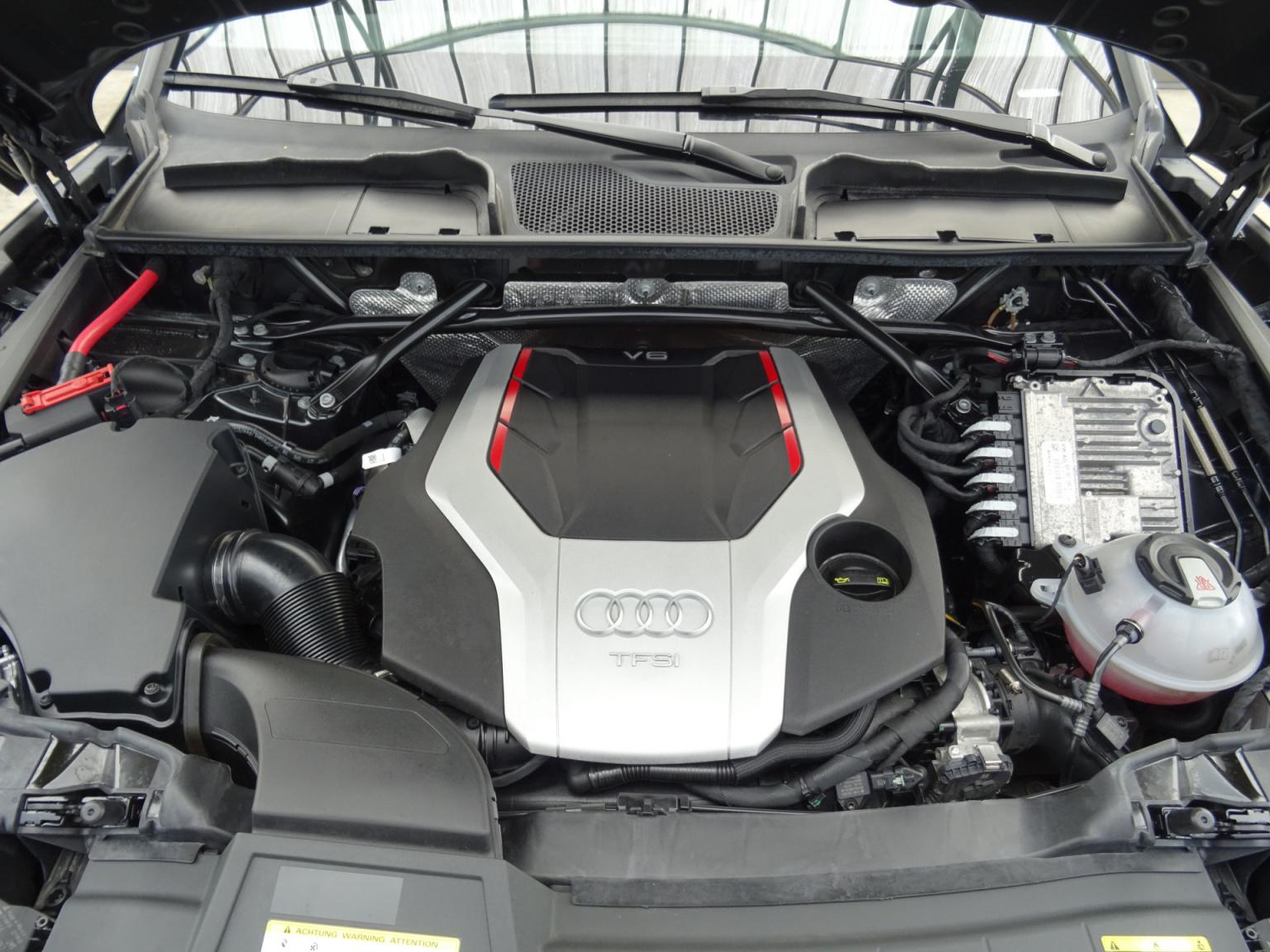 Audi-Q5-47