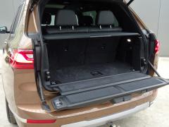 BMW-X7-56