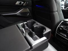 BMW-X7-67