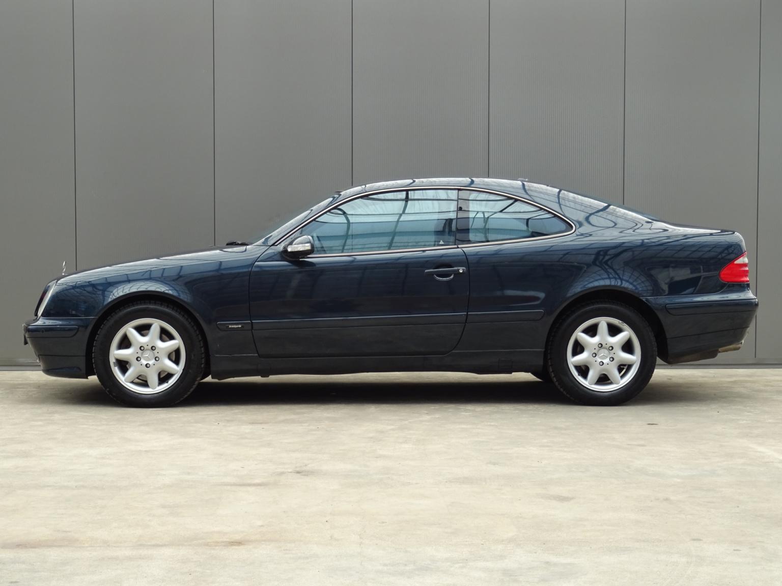 Mercedes-Benz-CLK-Klasse-8