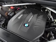 BMW-X7-62