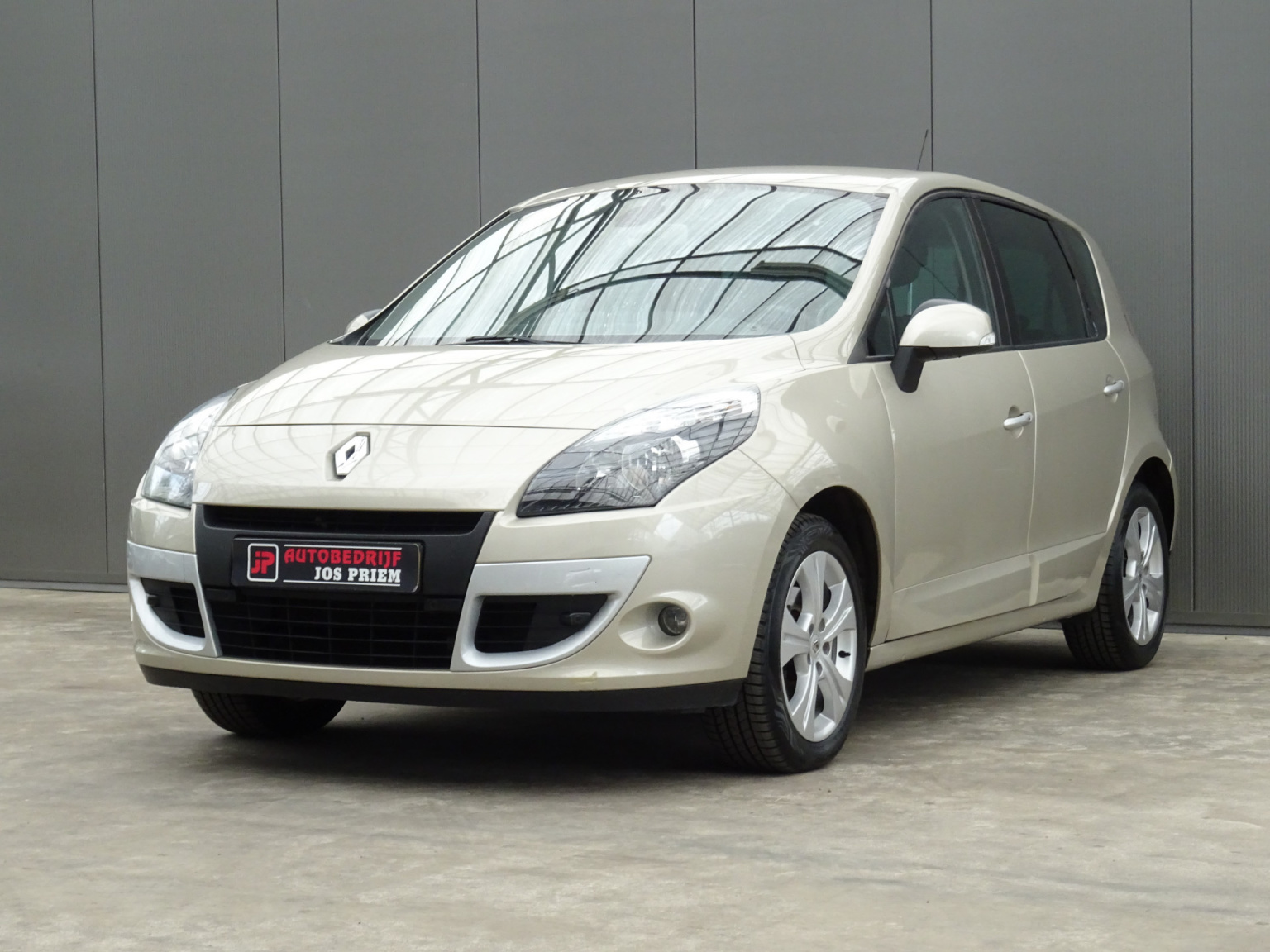 Renault-Scénic-33