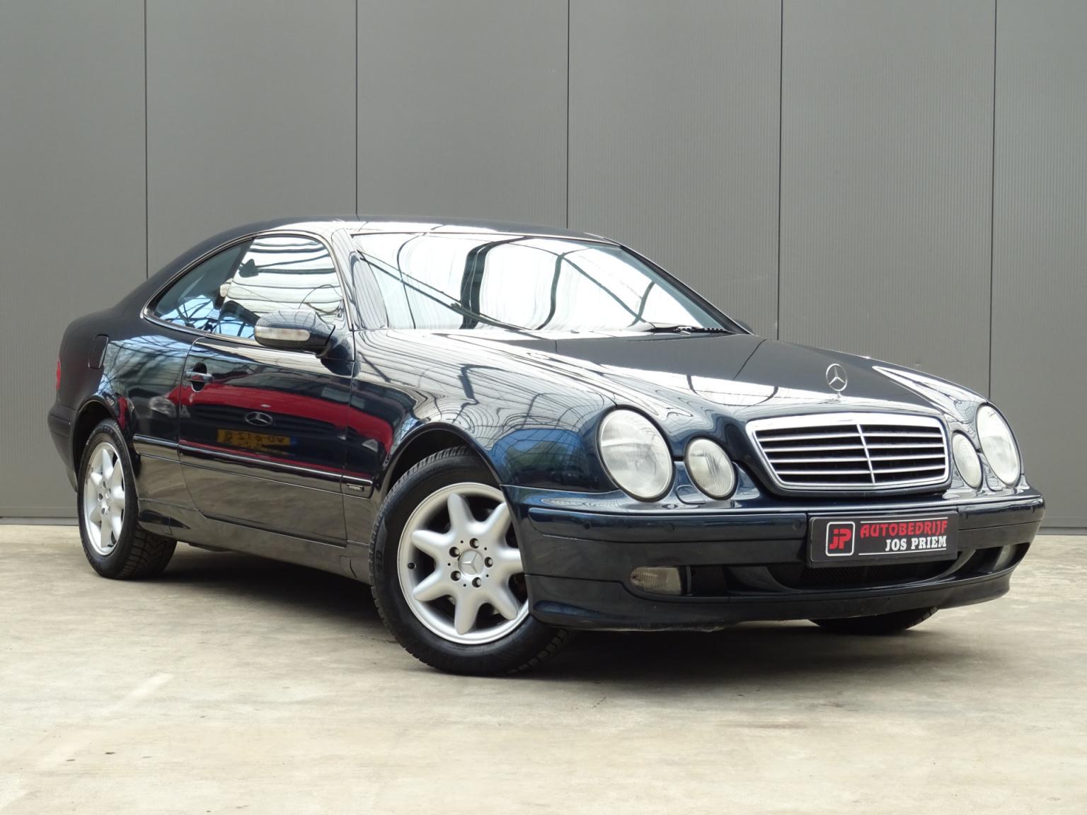 Mercedes-Benz-CLK-Klasse-7