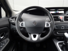 Renault-Scénic-20