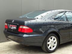 Mercedes-Benz-CLK-Klasse-42