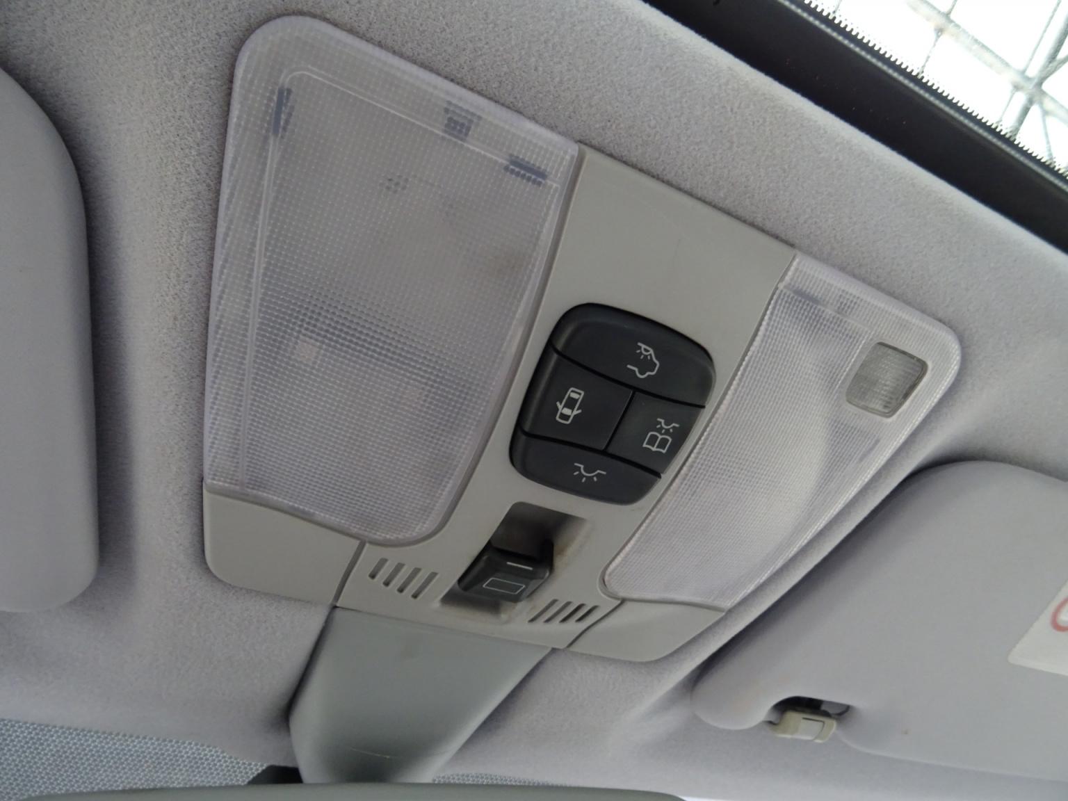 Mercedes-Benz-CLK-Klasse-18