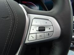 BMW-X7-19