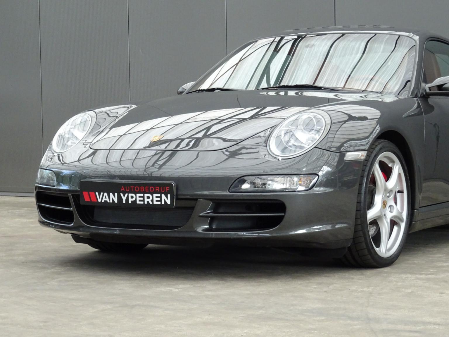 Porsche-911-36
