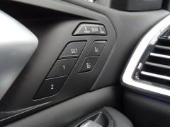 BMW-X7-15