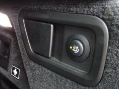 BMW-X7-59