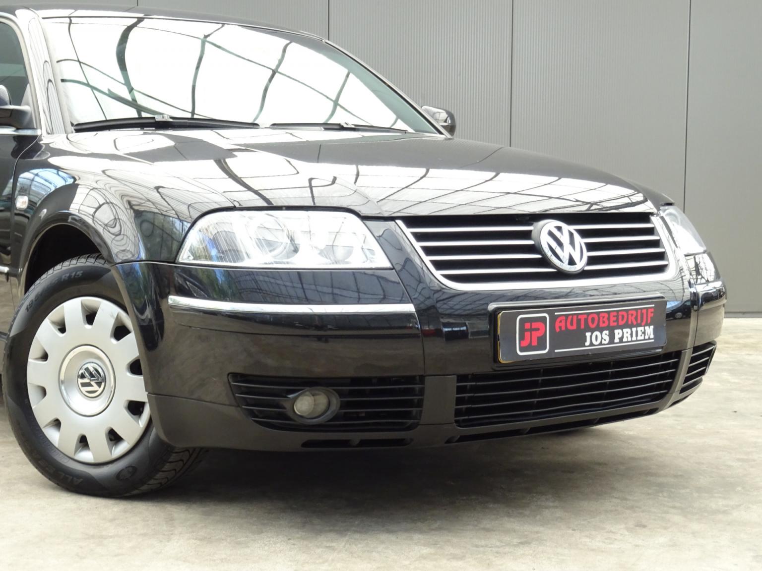 Volkswagen-Passat-33
