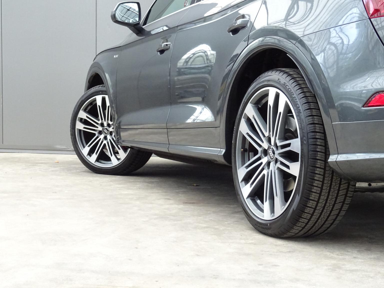 Audi-Q5-56