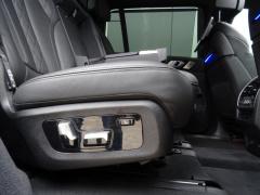 BMW-X7-50
